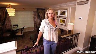 Blonde Mom Kinsley 44 Years Old Hardcore
