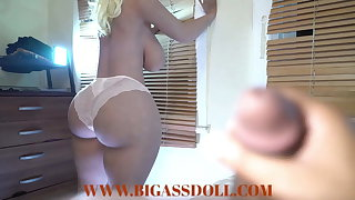 Juicy big butt on my bed waiting to recieve anal sex