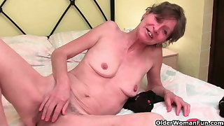 British granny with queasy pussy needs come to a head mount
