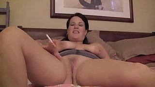 Curvy murkiness wife pounded on the bed by a big cock