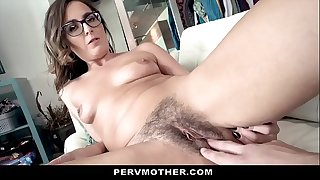 horny madam wants to show her fucking skills and exploitatory ideas to her friend