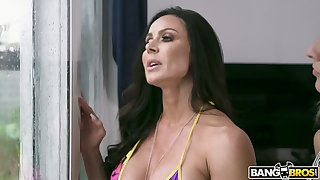 After spying on her friend's BF in the shower Kendra Lust fucks a poor bastard
