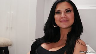 Behind the scene with popular adult model Jasmine Jae