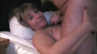 Horny mature wife gets blowjob and facial