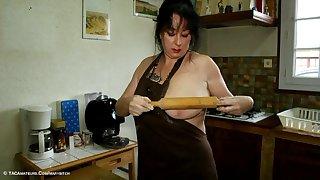The Pastry Cock Slut Pt1 - TacAmateurs