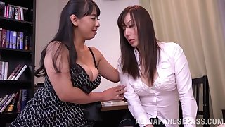 Japanese lesbian sex between Ryouko Murakami and her lover